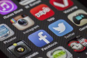 TPE : pourquoi utiliser les réseaux sociaux ?